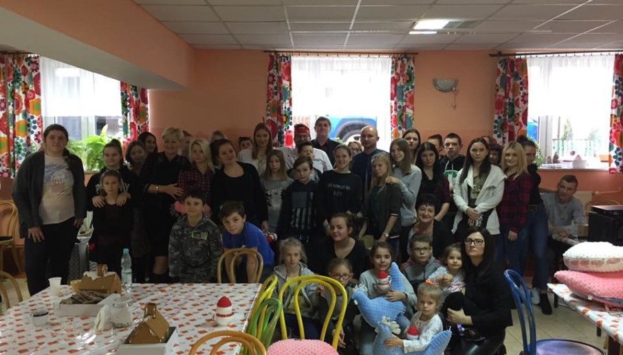 Świąteczne spotkanie z dziećmi i młodzieżą