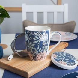 Kubek z zaparzaczem do herbaty i ziół porcelanowy sitko stalowe Altom Design Flower Jeans 320 ml granatowy